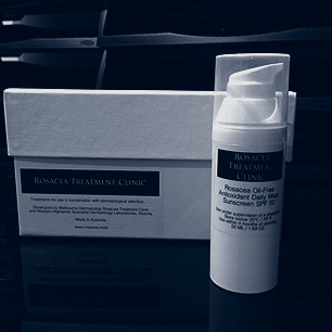 Prime antioxidant sunscreen in hermetic packaging indicated in rosacea treatment.